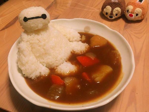 Baymax taking a curry bath. #BigHero6