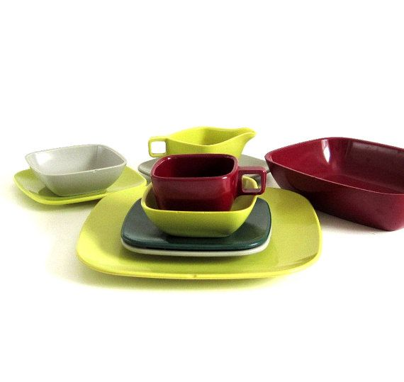 Melamine Dish Set 1 Place Setting \u0026 Serving Pieces Arrowhead Brookpark Mid Century Modern  sc 1 st  Pinterest & Melamine Dish Set: 1 Place Setting \u0026 Serving Pieces Arrowhead ...