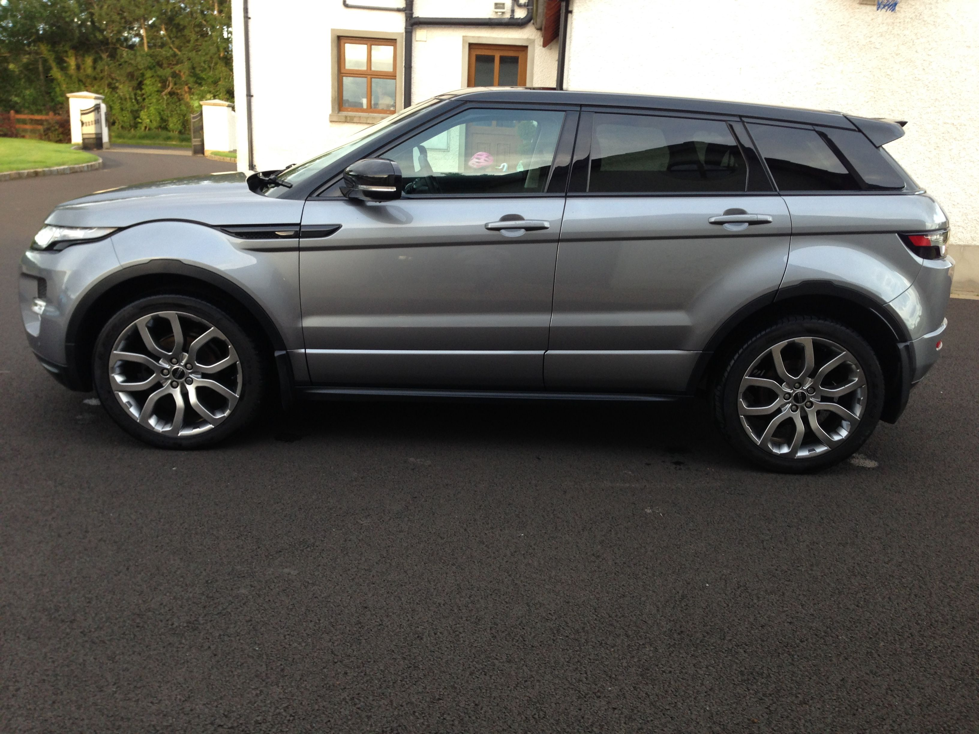 Range Rover Evoque Orkney Grey Black Roof Panoramic SD4 Dynamic YIW