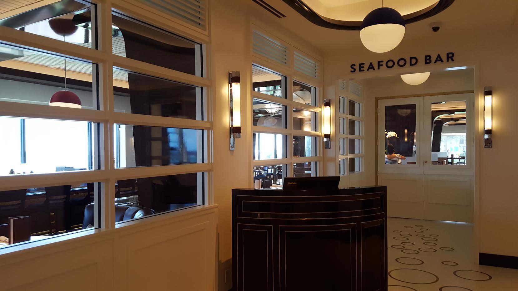 Unique Seafood Bar Palm Beach