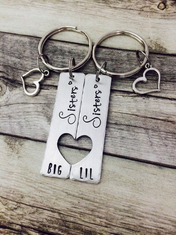 Gifts for sisters, big sis, little sis, matching sister set, hand stamped jewelry, personalized keychain, personalized gift, unique gift #giftsforsister