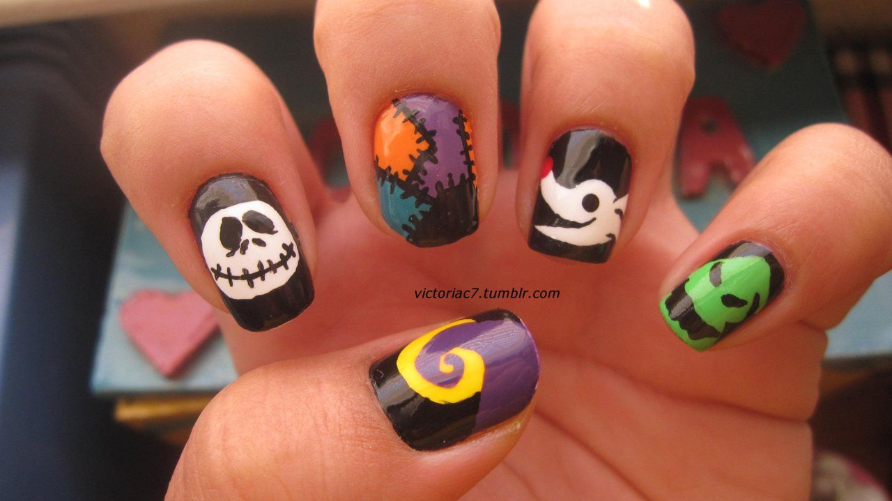 Today\'s Daily Nail Art is this Halloween design by victoriac7 that ...