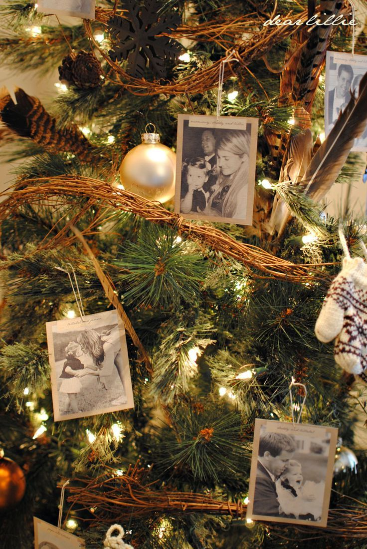 beautiful and truly stunning christmas decorvintage christmas here we go using old pictures plus 50 white icecle christmas outdoor lights you can achieve