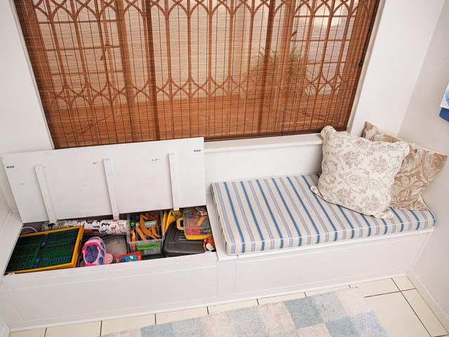 Need To Fill That Nook Here S How To Build A Window Seat