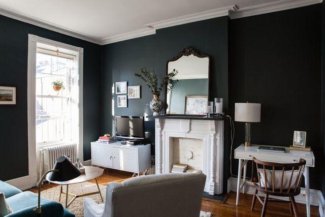 Un peque o apartamento en brooklyn living rooms dining for Muebles para un apartamento pequeno