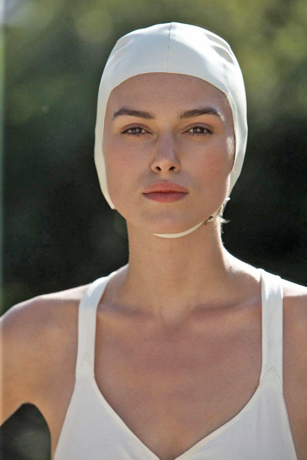 Keira Christina Knightley, modelo y actriz británica de cine y televisión nominada al premio Óscar y conocida por los papeles de Elizabeth Swann en Piratas del Caribe.