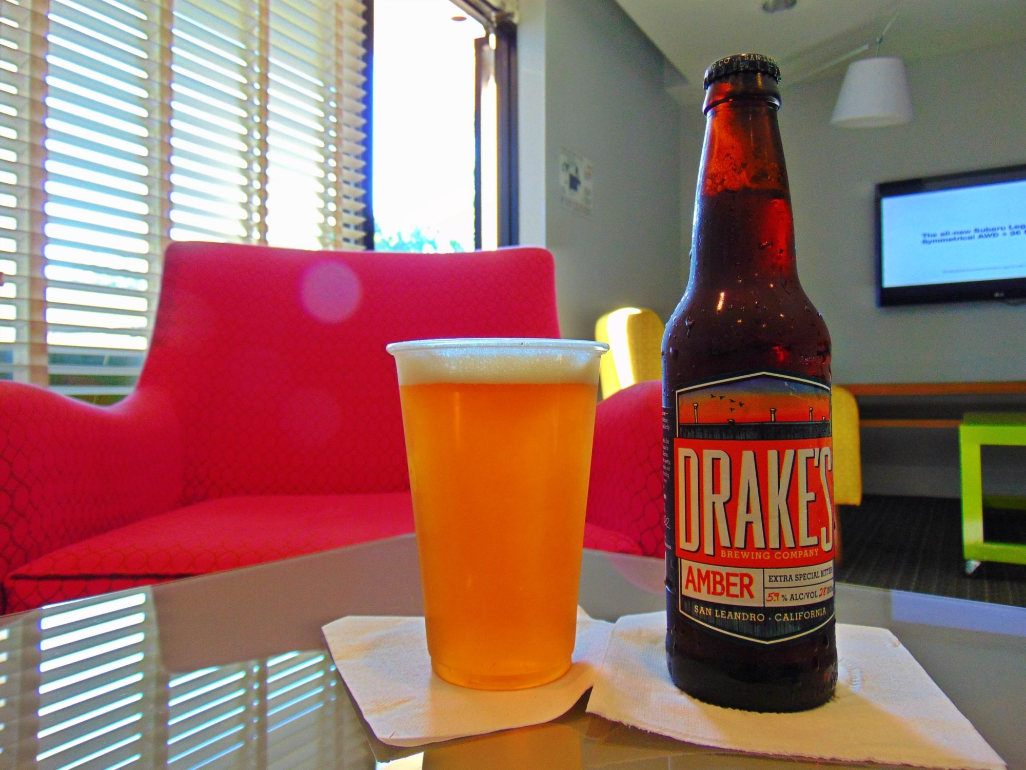 Our Guests Love Our Complimentary Beer And Wine Hour In Our Commons Lounge Travel Siliconvalley California Hotel Valley Hotel Boutique Hotel