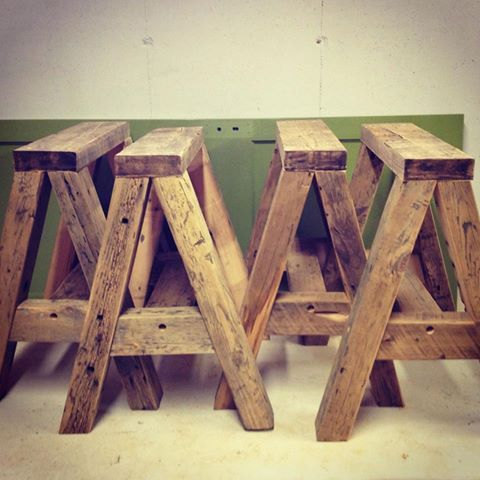 Reclaimed saw horses for table legs diy pinterest Sawhorse desk legs