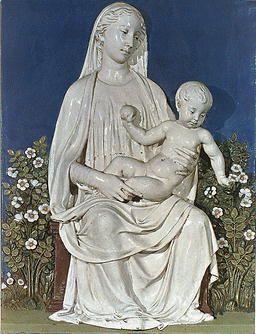 """Luca della Robbia  """"La Madonna del roseto""""  Terracottainvetriata  Museo del Bargello  Firenze"""