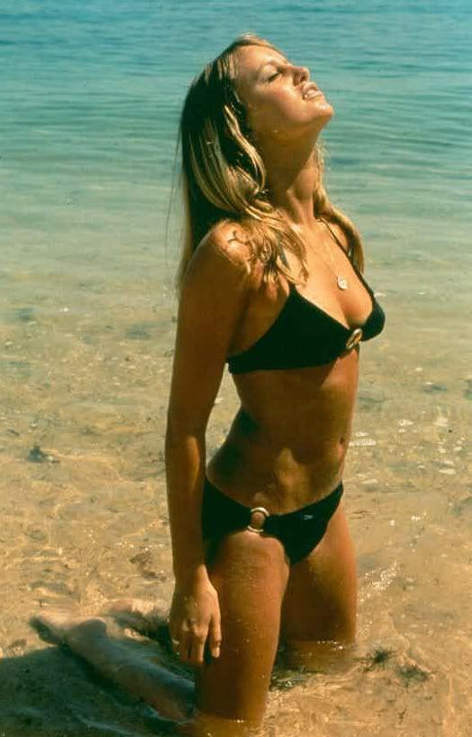 Susan George. 70s summer style. Back bikini.   Susan george ...