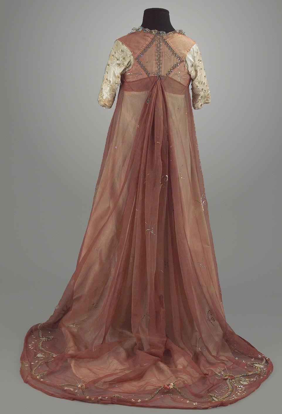 1795 1810 gown 1800 1810 pinterest sch ne kleidung. Black Bedroom Furniture Sets. Home Design Ideas