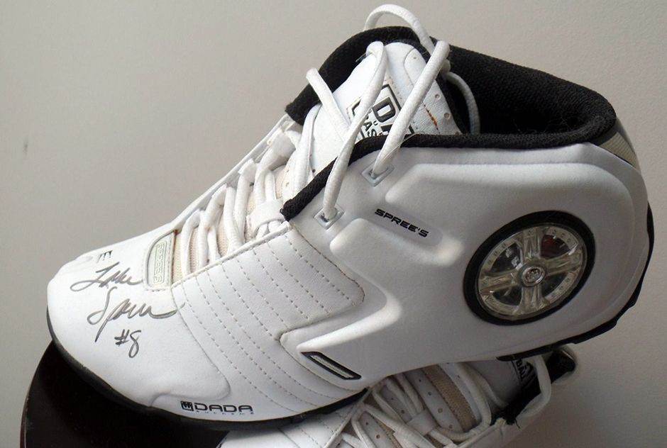 3a2f1c117e85e The Forgotten Ones  A Look Back At Obscure Signature Shoe Debuts - dada  sprewell spinners 2004