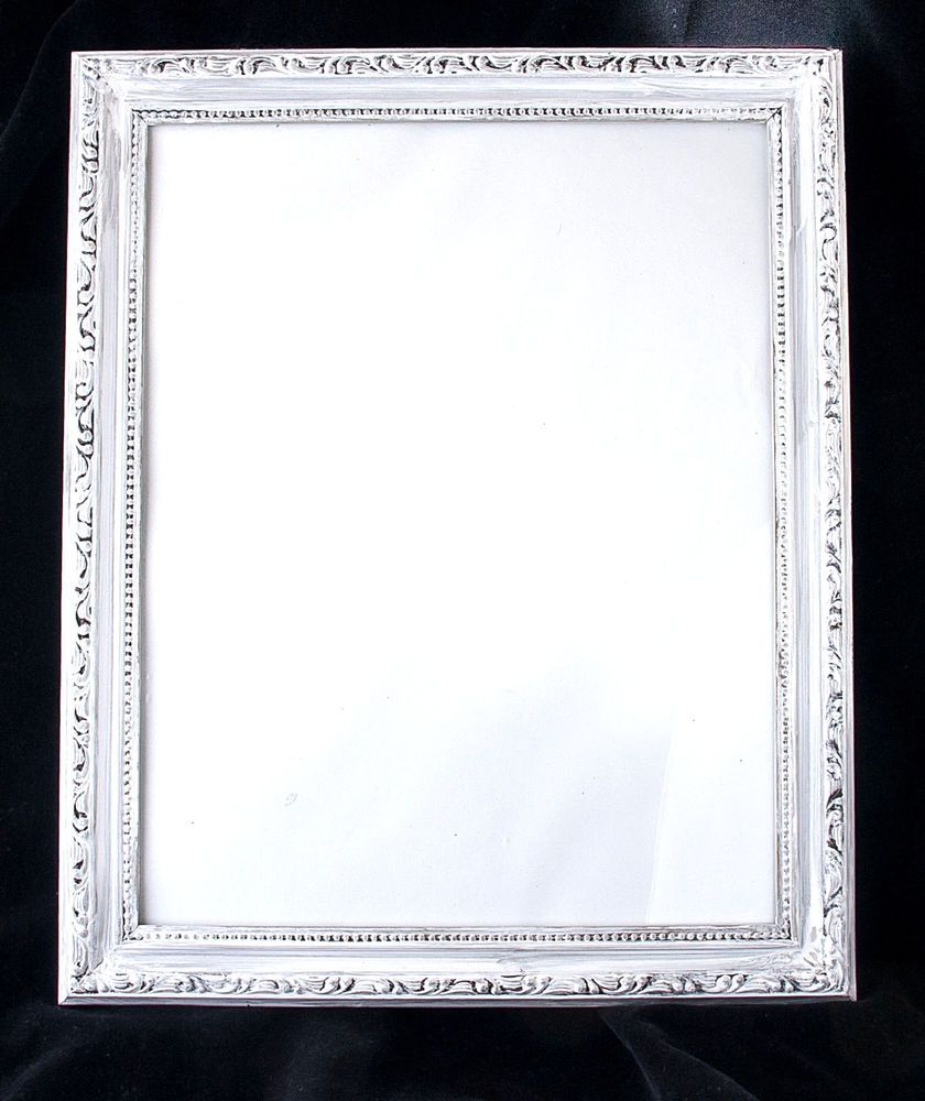 Picture Frame Wooden Ornate Shabby White Distressed 13 X 16 For 11 X 14 Image White Baroquerococostyle Shabby White Shabby White Decor Picture Frames
