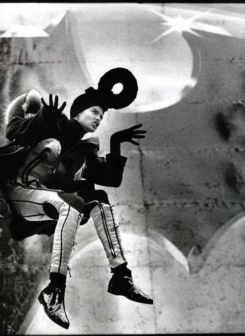 Linda Evangelista | Photgraphy by Max Vadukul | For Vogue France | August 1989
