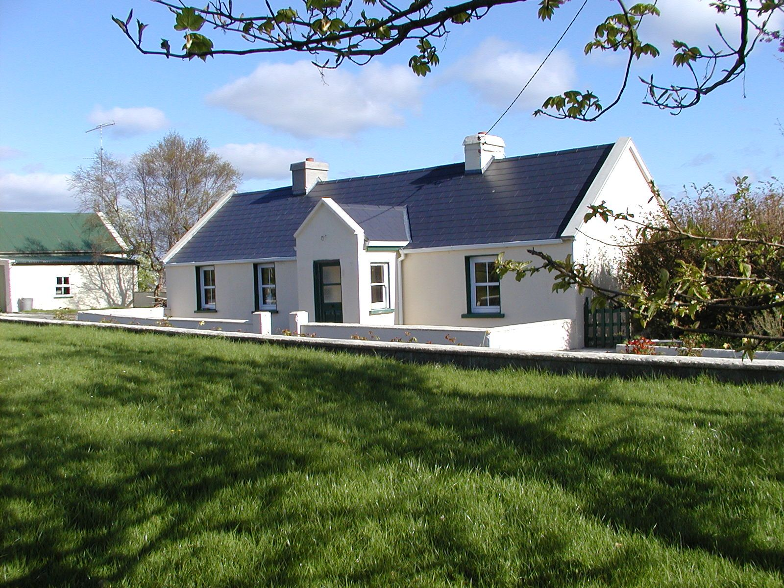 cottage for dublin howth homeaway cottages house vacation northside in charming to rent ca beautiful city from minutes ireland center br rental