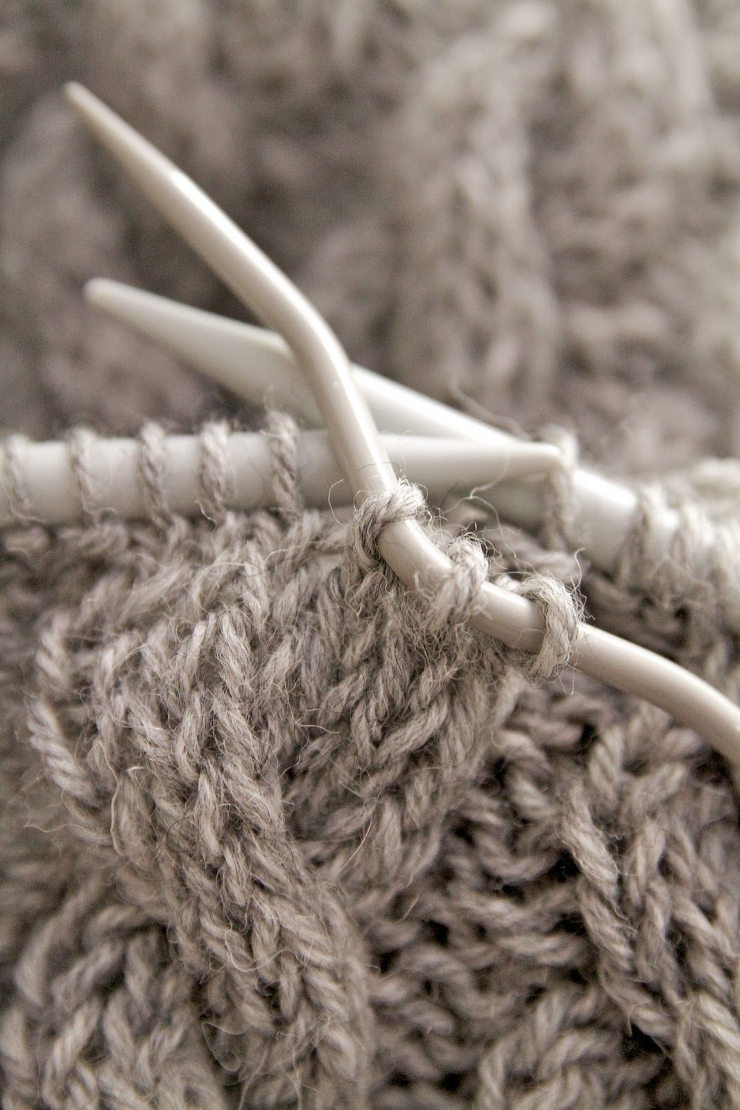 *Knittingღ