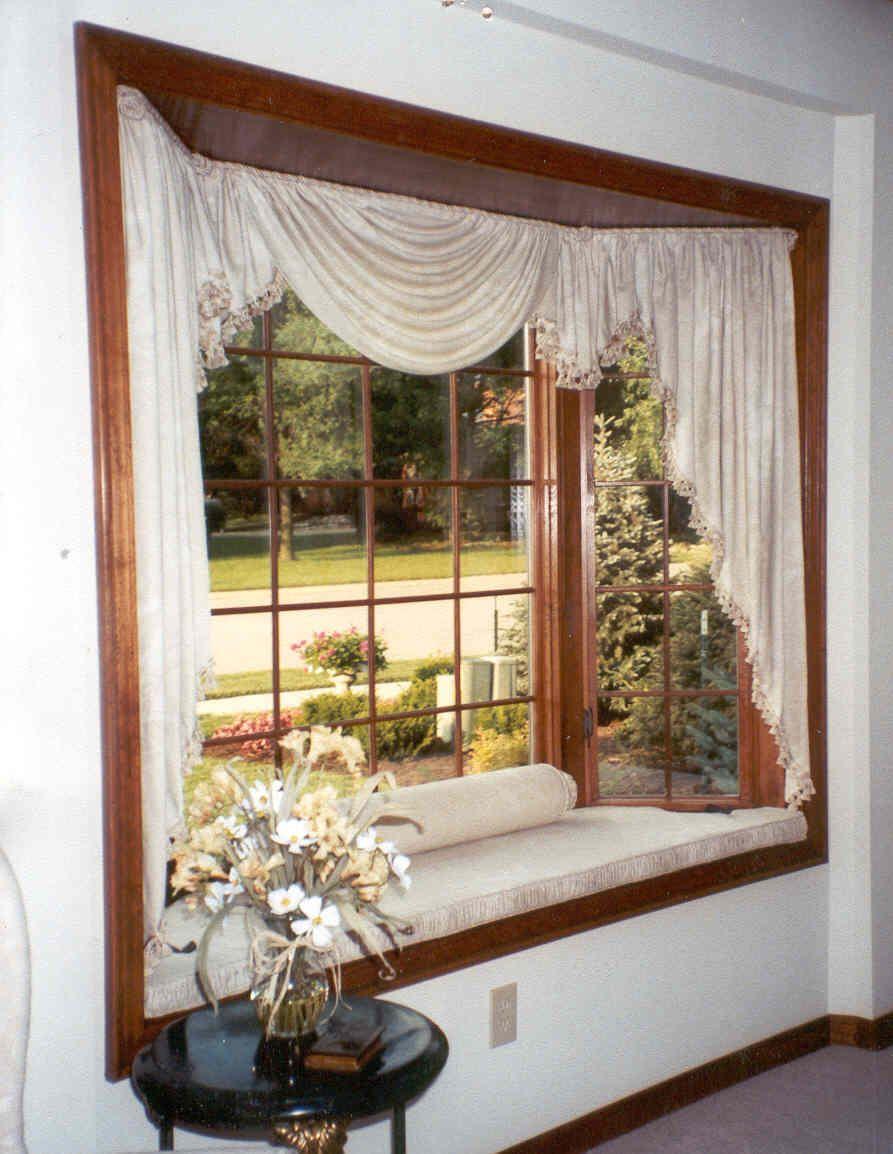 Bay Window And Cushion Bay Window Bay Window Curtains Bow Window