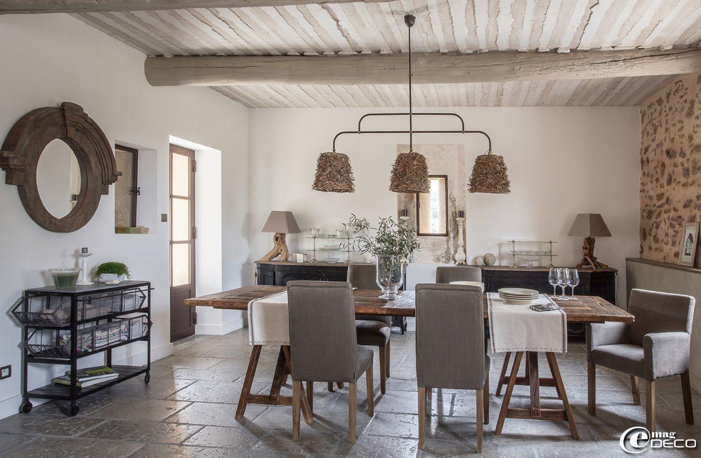 salle manger de la maison dhtes de charme la bergerie de nano miroir oculus maisons du monde et desserte mtallique roulettes athezza