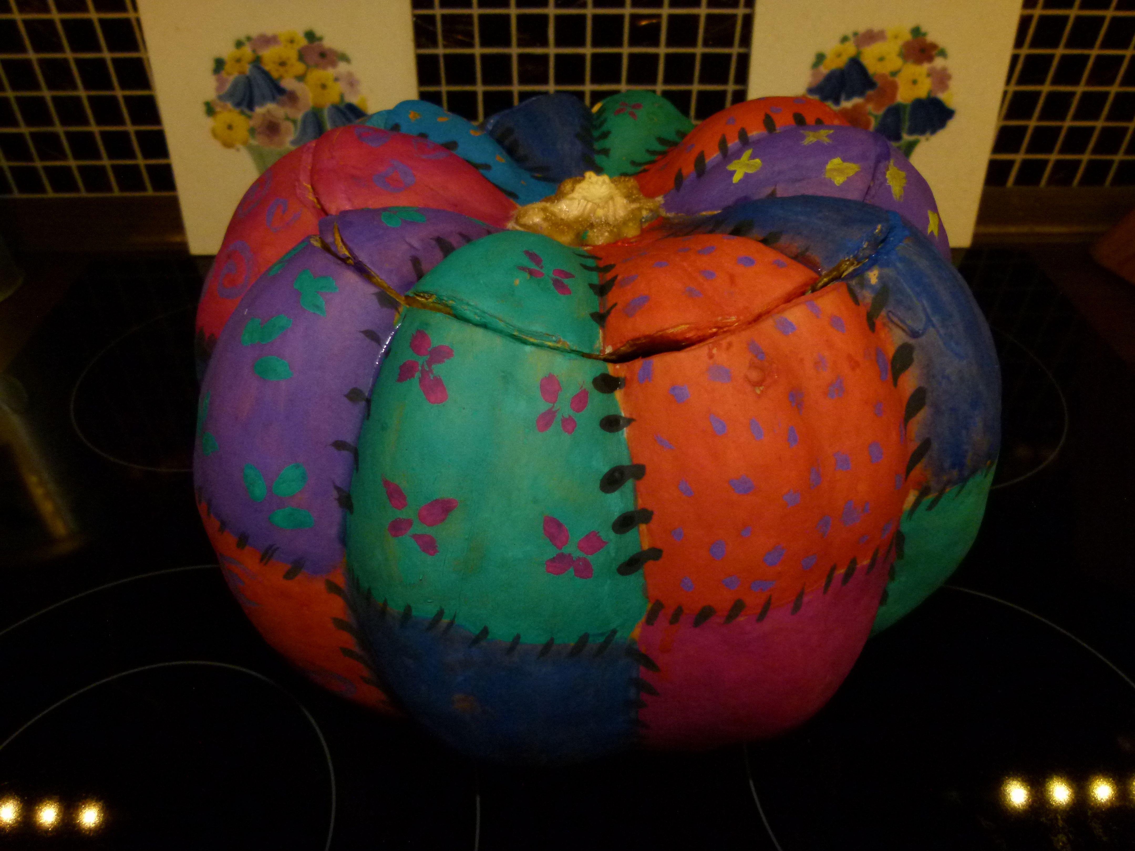 ein Kürbis bemalt mit Wasserfarben | Herbst | Pinterest | Kürbis ...