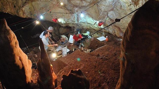 Aquí se cruzaron los neandertales con los primeros humanos modernos  http://w.abc.es/27ds6k