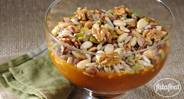فتافيت خشاف منقوع قمر الدين Middle Eastern Desserts Recipes Arabic Sweets