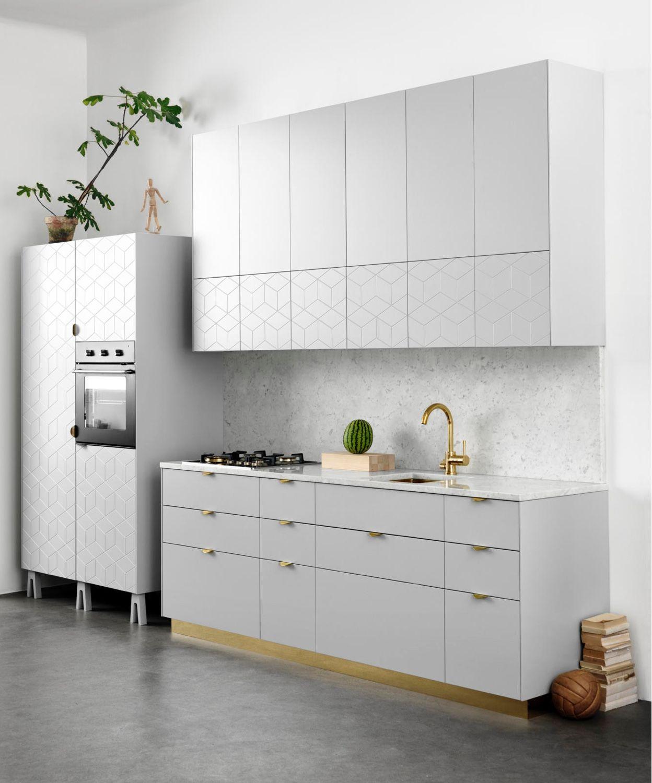 Minimalist compact kitchen, white, gold Konyhabútor