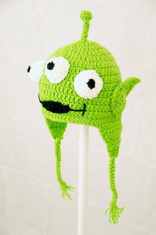 898907d2e1bf5 Alien Crochet Beanie