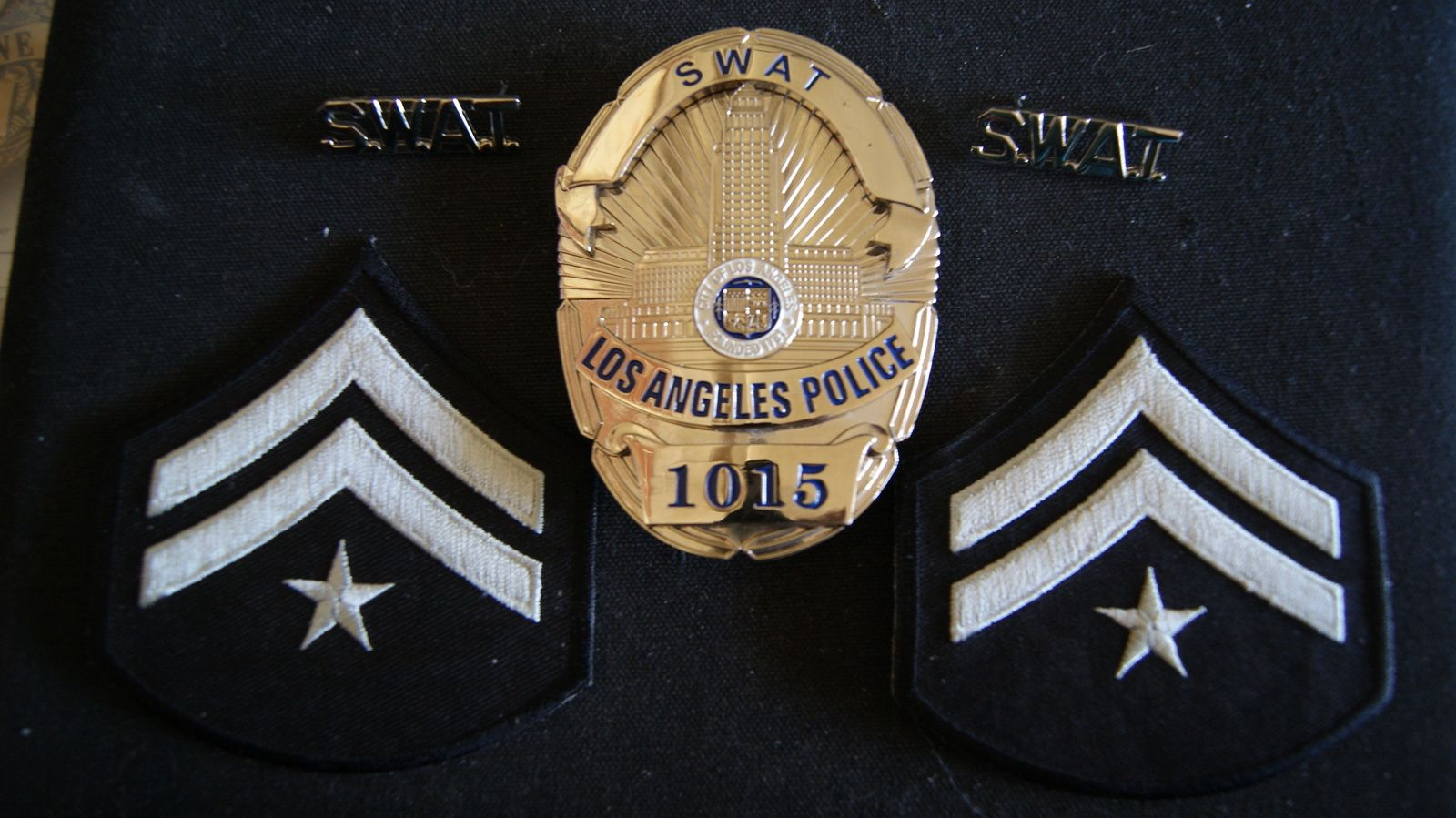 Los Angeles Police Badge Swat Presentation And 50 Similar Items Police Badge Badge Police