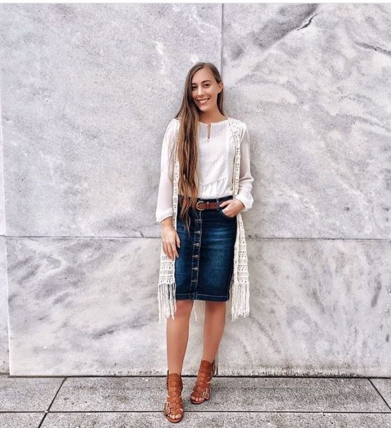 adddba4eec67 @teenqueenXX • Modest Work Outfits, Casual Skirt Outfits, Jean Skirt Outfits ,