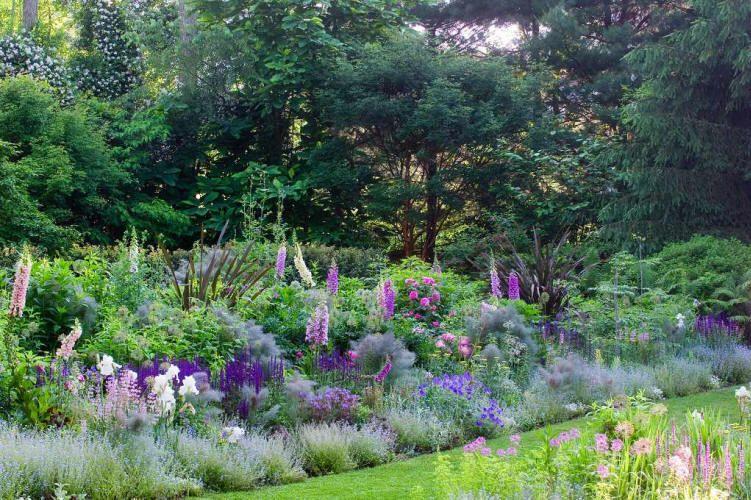 Gardening In The Pacific Northwest Vancouver Washington Beautiful Gardens Garden Flowers Perennials Garden Design