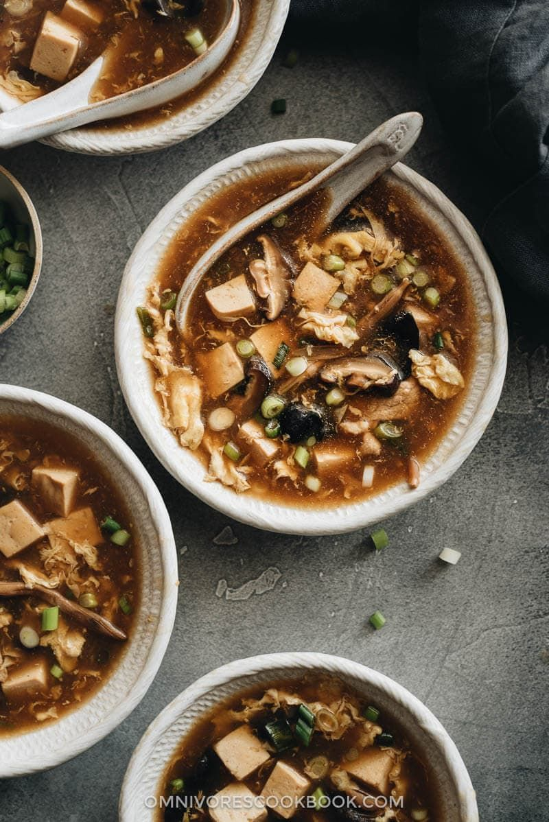 Authentic Hot and Sour Soup (酸辣汤) | Omnivore's Cookbook