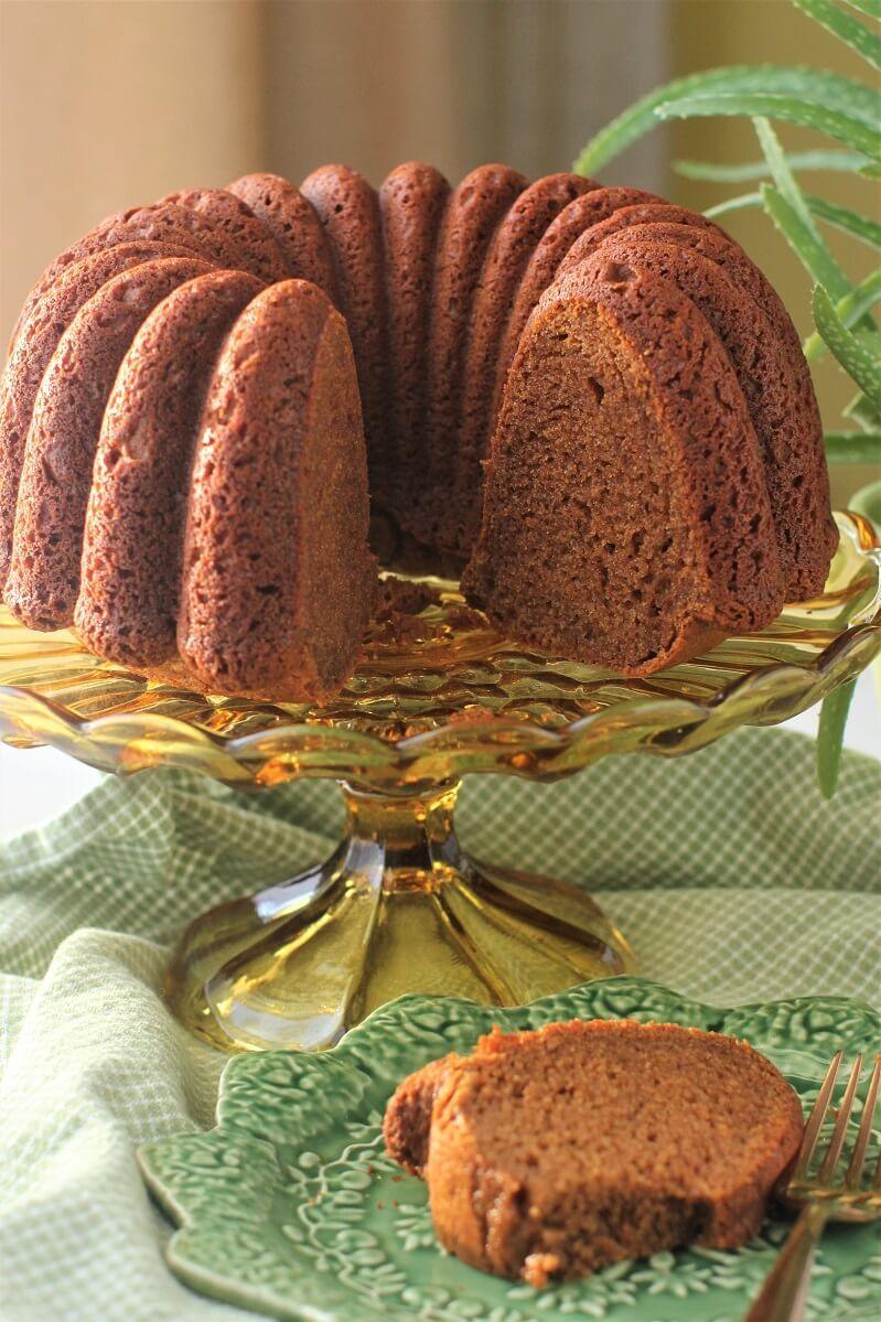 Polish Honey Cake: a Taste of Poland | Kitchen Frau #honeycake