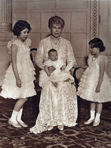 Queen Mary Grandmother A Picture Taken At Sandringham In