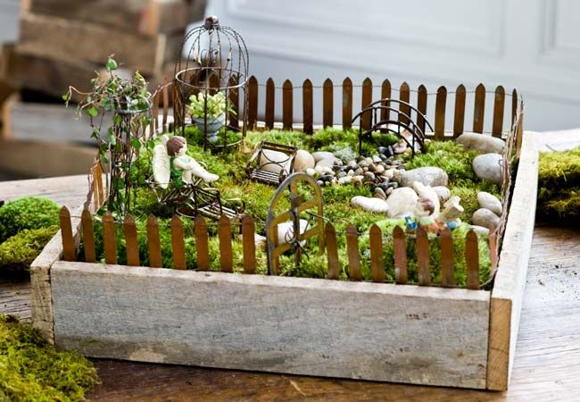 Mini Garden Box With Metal Fencing