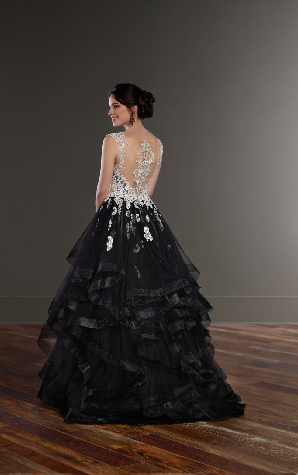 Wedding Gowns Black Princess Wedding Dress Martina Liana Black Wedding Dresses Glam Wedding Dress Wedding Dresses Unique [ 1563 x 980 Pixel ]