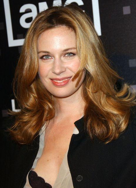 Anne Dudek Hot