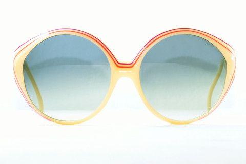 Cool selection of vintage eyewear, hipster glasses and designer eyewear - Guardyangel.