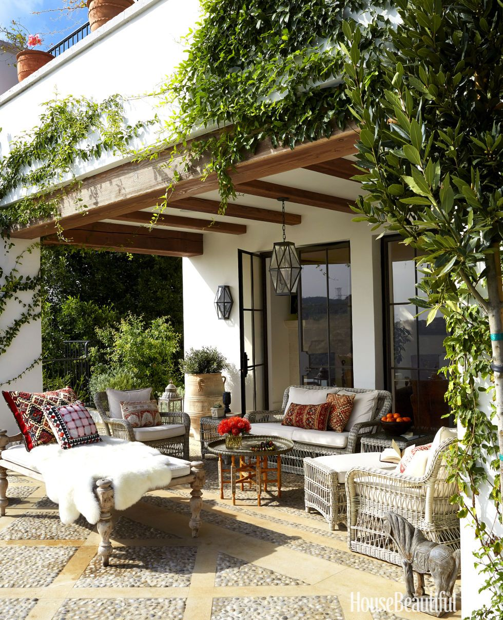 Climbing Vines And Exposed Beams Create An Enchanting Setting For Outdoor E The Terrace
