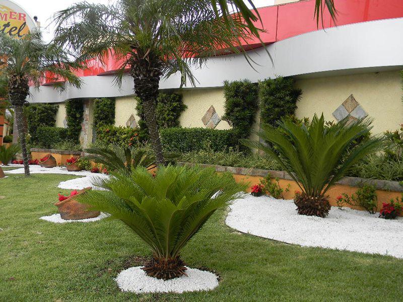 25+ melhores ideias de Jardins decorados no Pinterest Explorer 8, Designs casa naárvore e  -> Decoração De Jardim Com Pedras Grandes