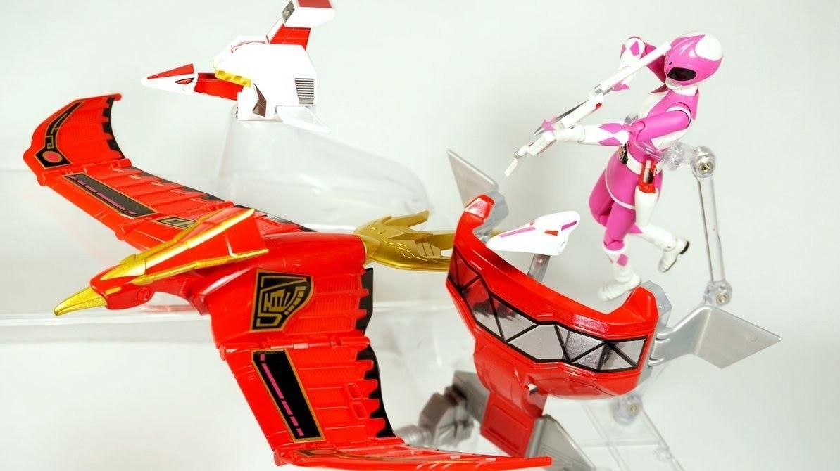 Power Ranger Megazord Spielzeug