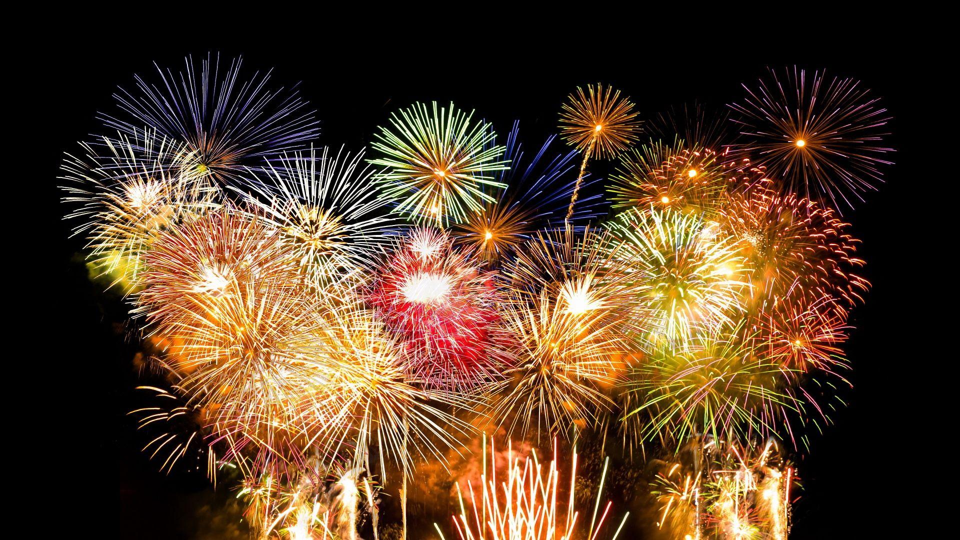 Rainbow Firework Wallpapers Free New Years Eve Fireworks Fireworks Fireworks Wallpaper