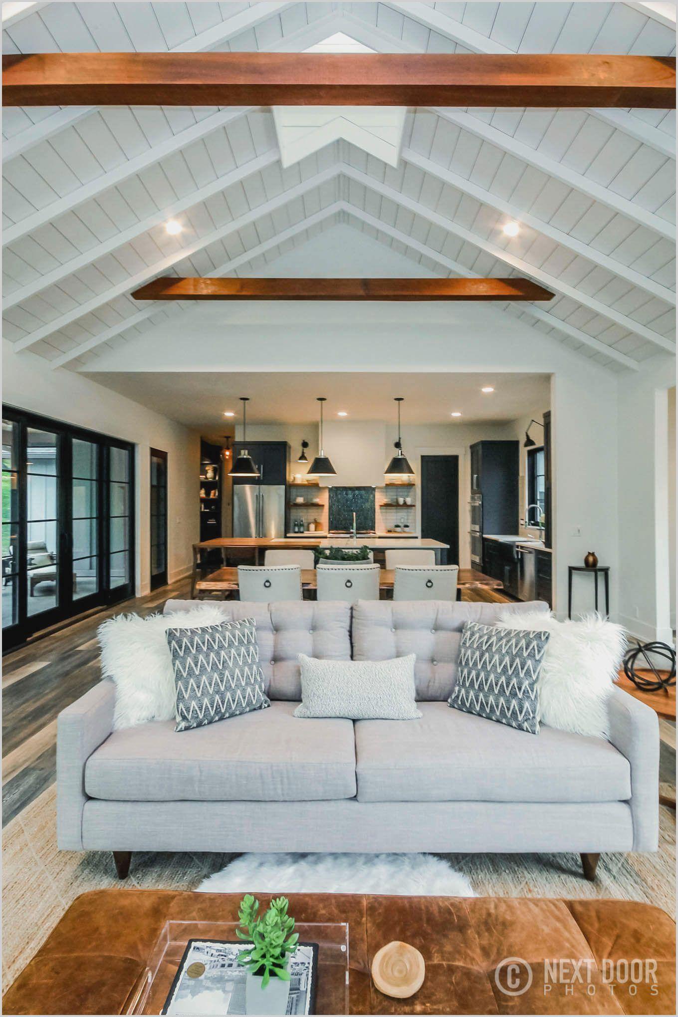 Black Beams In Living Room Desain Rumah Desain Plafon Ruang Keluarga Decorating vaulted living rooms
