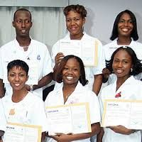 Werken in het ziekenhuis is werken in een zeer dynamische organisatie.  Het hospitaal is een organisatie waarin medewerkers van verschillende disciplines met elkaar samenwerken om te komen tot een eindproduct die bevredigend is voor de klant.   Het ziekenhuis kenmerkt zich door een familiecultuur en er werken om en nabij 1000 medewerkers. In de regel vallen medewerkers van het St. Elisabeth Hospitaal onder de CAO -regeling van het Hospitaal, welke middels samenwerking tussen de leiding van…