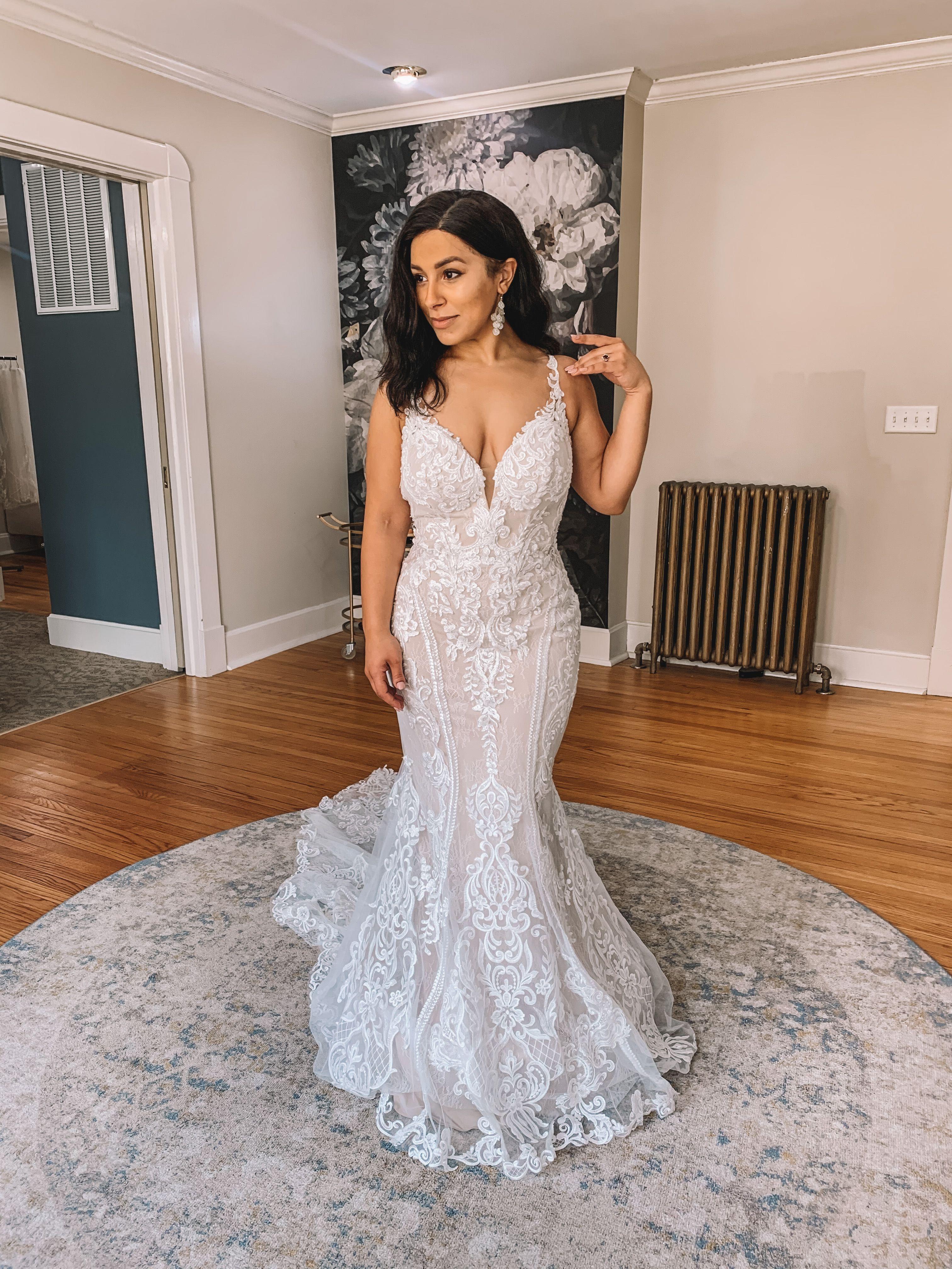 41++ Simple lace wedding dress australia information