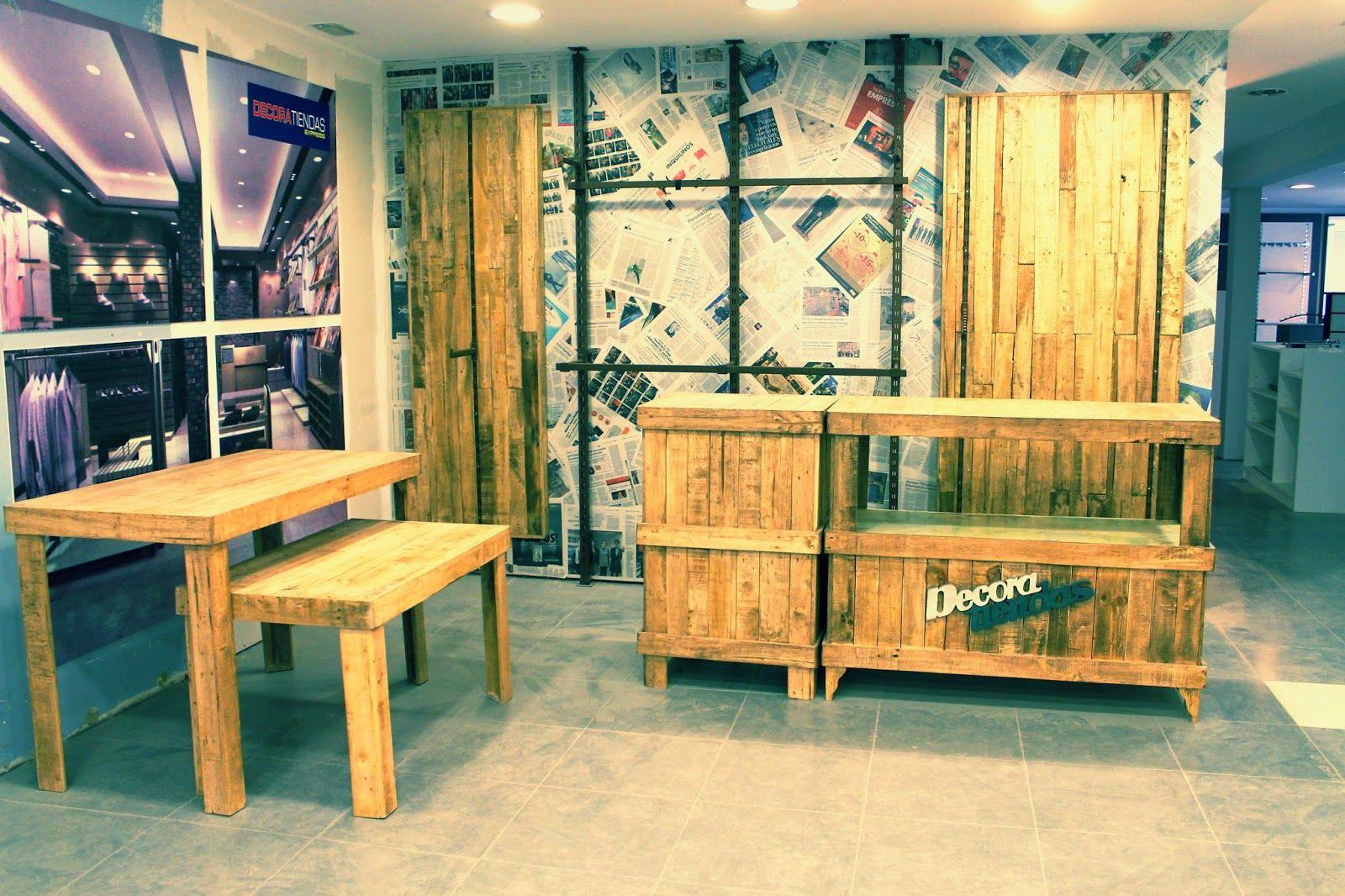 Rullostudio expone muebles hechos con madera de palets for Fabricacion de muebles con palet de madera