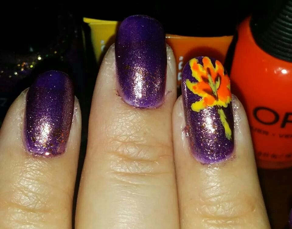 Autumn Leaf Accent Nail... colors used were Zoya Louise, Zoya Daul ...