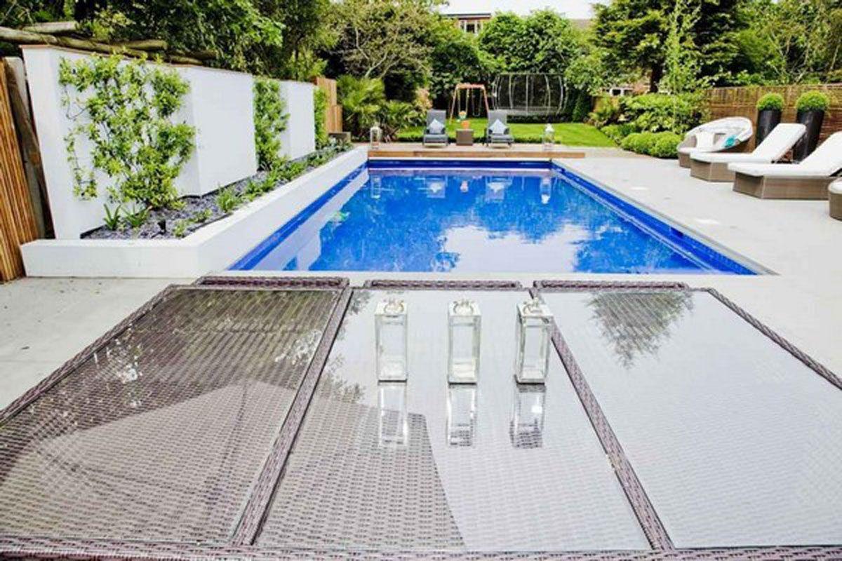 Contemporary Home Design in London raised planter