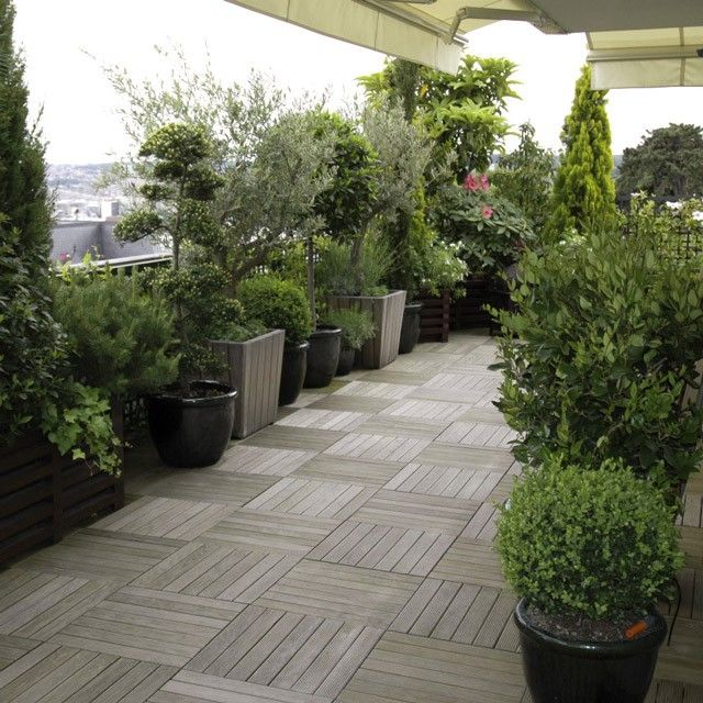 am nager sa terrasse rien qu avec des pots rooftop garden pinterest rooftop gardens. Black Bedroom Furniture Sets. Home Design Ideas
