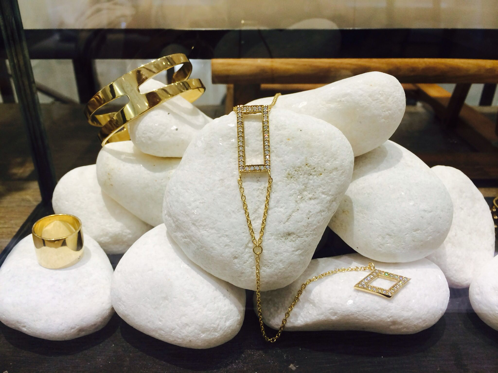 Rocks for days ! #jewelry #merchandising