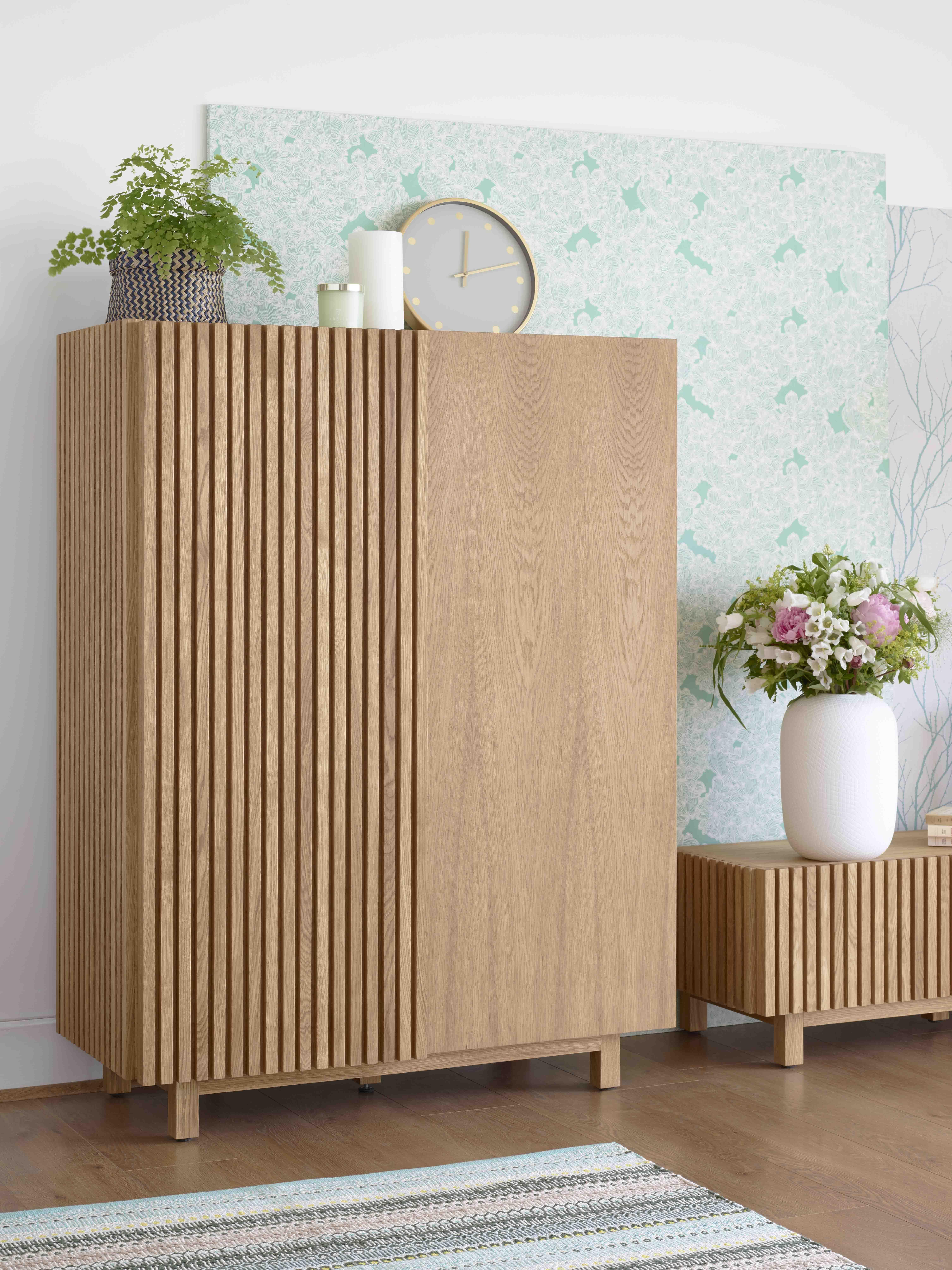Epingle Par Habitat Page Officielle Sur Habitat Deco Vert D Eau Mobilier De Salon Deco Vert D Eau Decoration Maison
